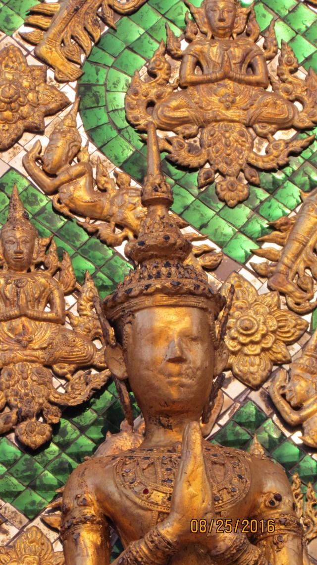 Royal Grand Palace - Bangkok - Thailand - murals - mosaics