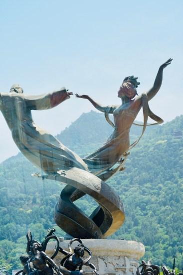 beautiful statues in Shaanxi China
