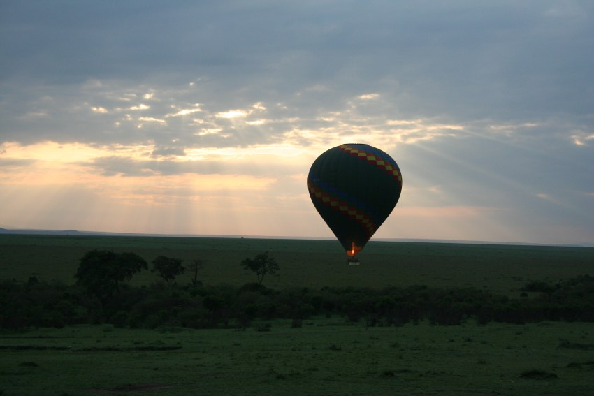 Hot air balloon ride at sunrise over Maasai Mara - gate 1 travel - travel blogger - Kenya - Maasai Mara