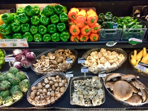 Mazzaro's - St Petersburg Florida- Florida culinary destination - Italian specialty foods - fresh produce
