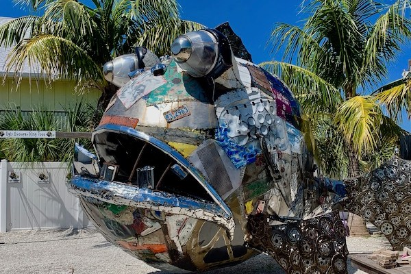 The Ugly Grouper - Anna Maria Island - fresh seafood - Gulf of Mexico- metal sculpture- Food Blog - Travel Blog