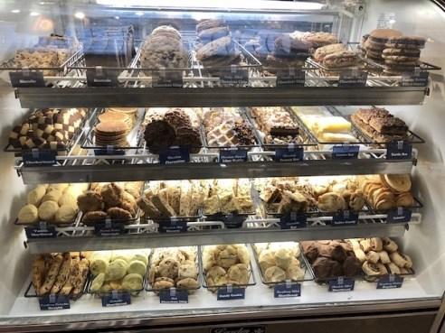 Philadelphia-The Bourse Building-Barrys Buns-Mark And Chucks Adventures-cookies