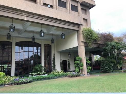 Eros New Delhi Hotel Nehru Place - Eros Hotel - Nehru Place - outdoor garden spaces