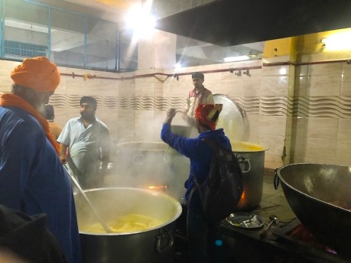 preparing food at Sis Ganj Shaib Gurudwara - langar- Sikh temple - Old Delhi