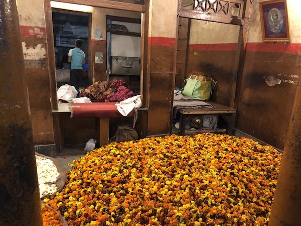 Old Delhi Spice Market - Old Delhi Flower Market - Delhi Food Walks - marigolds