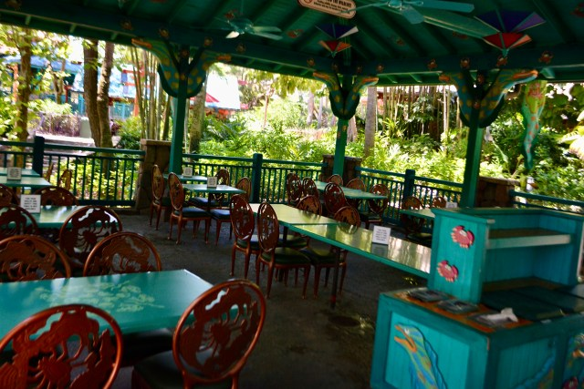 physical distancing at Flame Tree Barbecue dining pavilions
