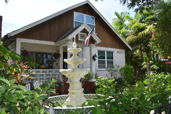 home with a huge fountain in Gulfport Florida