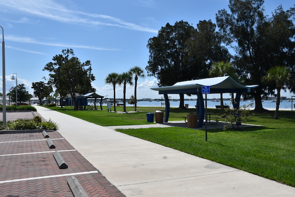 parking and picnic areas along the Gulfport Florida waterfront