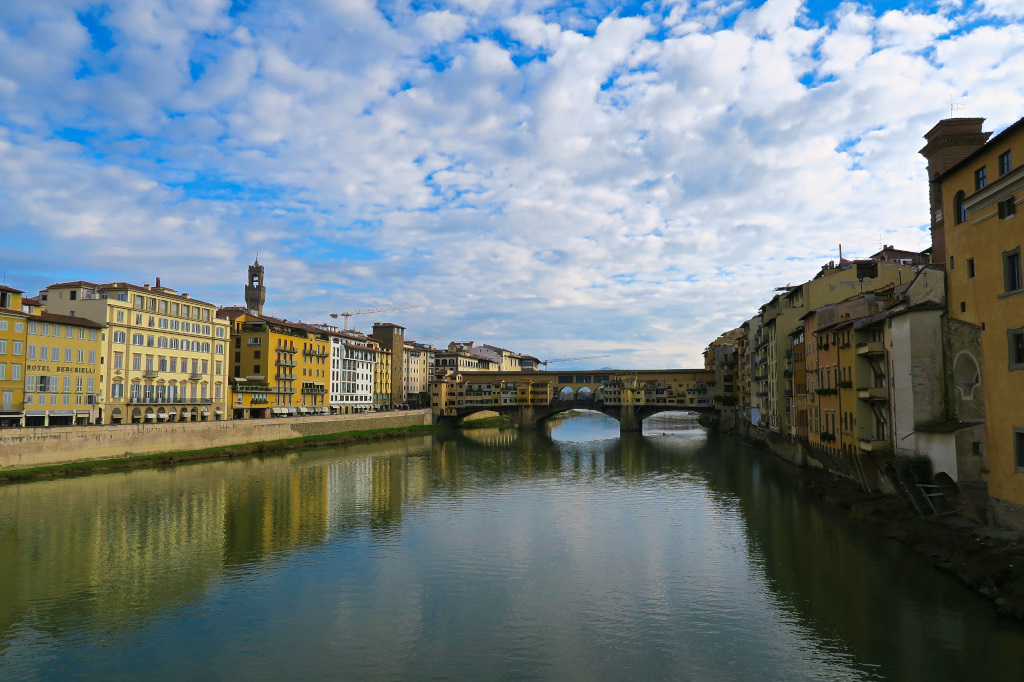 View of the Pointe Vecchio in Florence, Italy