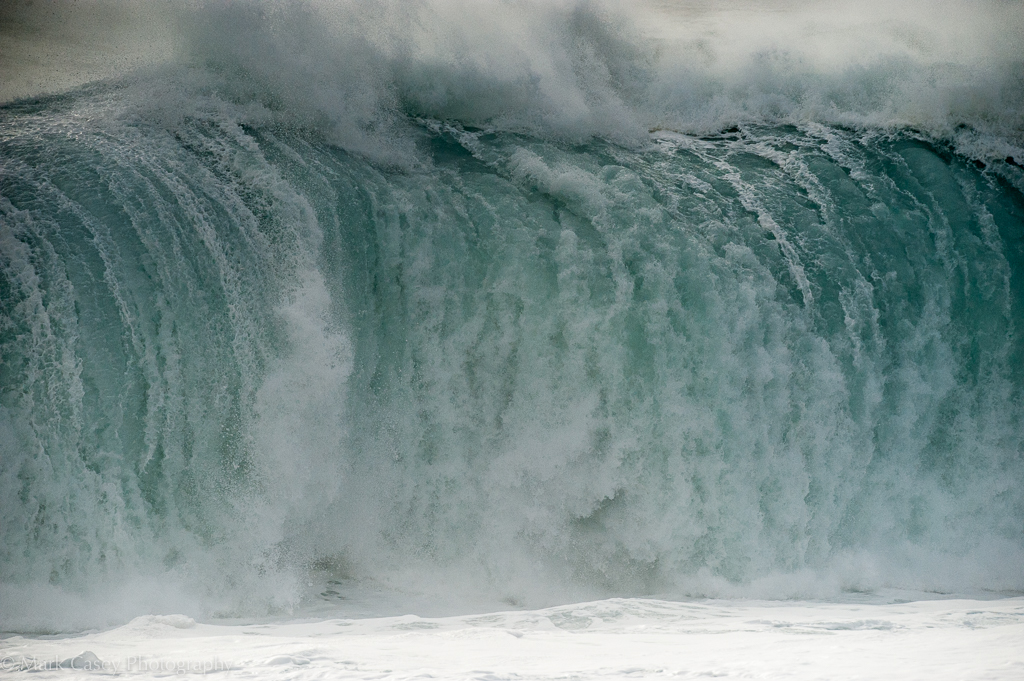 Very big and very powerful waves