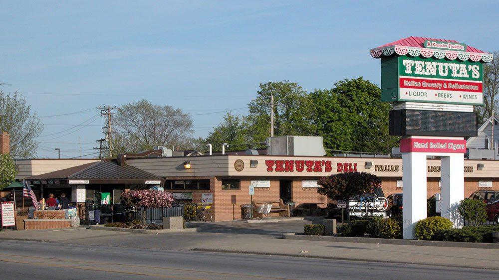 Tenuta's Delicatessen & Liquors: Italian deli in Kenosha, WI