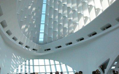 Milwaukee Art Museum: Windhover Hall in Quadracci Pavilion