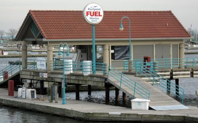 Reefpoint Marina, Racine, Wisconsin: Fuel dock