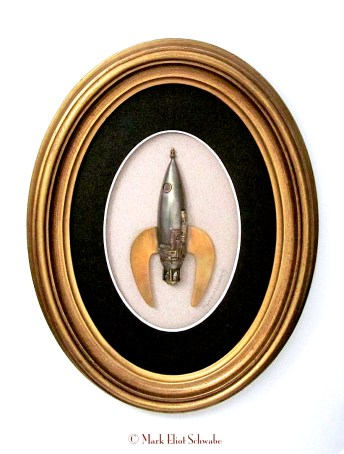 Schwabe_Diamond_Drive_Rocket_brooch_1FRAME(adjusted)©