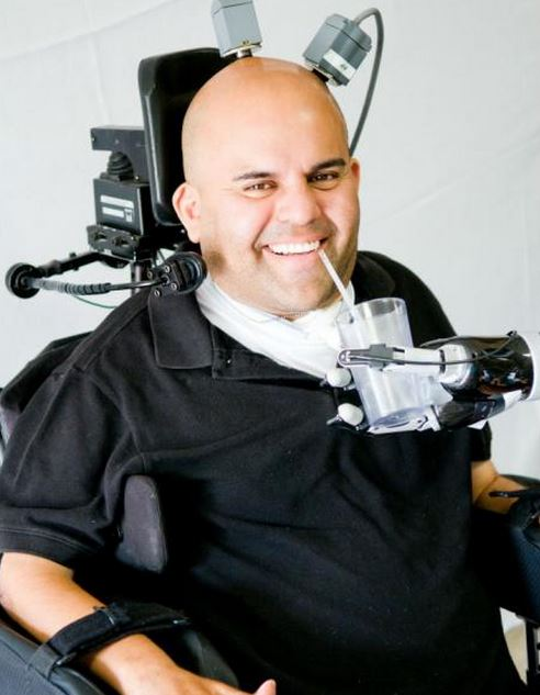 Robot arm control with thoughts