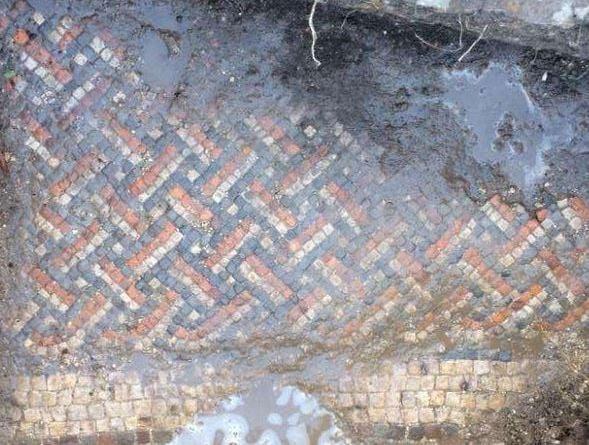 Mosaic found at Roman Villa