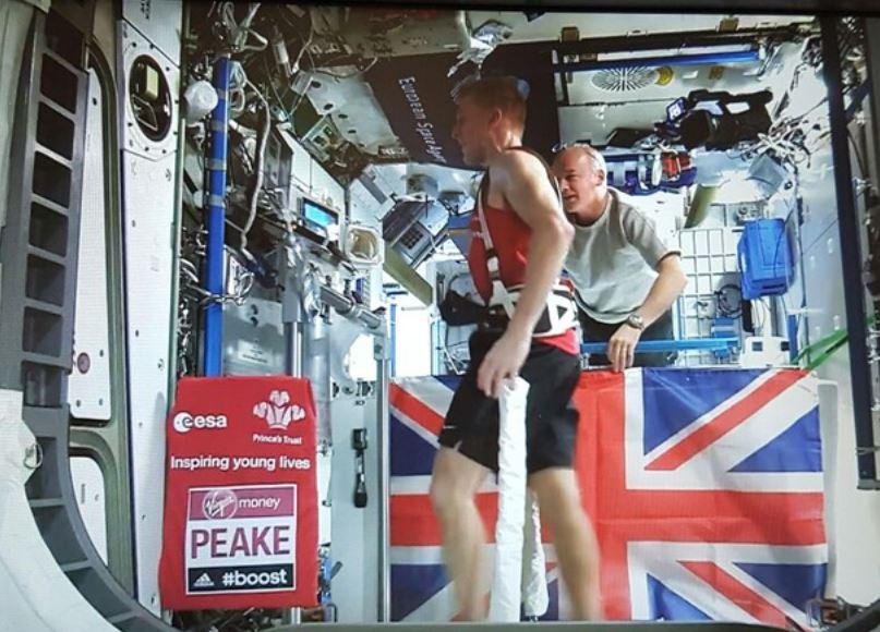 Tim Peake running in London Marathon