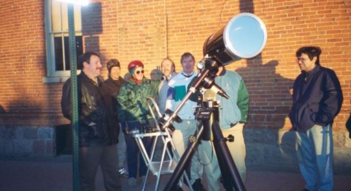 Watching transit of Mercury with specialised filtes