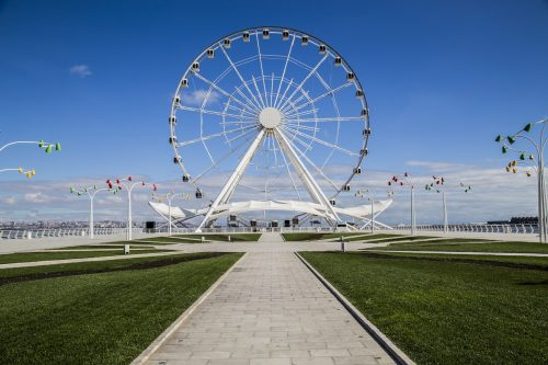 travel and tourism Baku Ferris wheel Azerbaijan pixabay-2007903