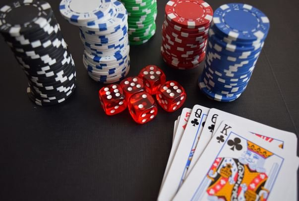 The Trends of Virtual Reality into Online Casinos In 2021