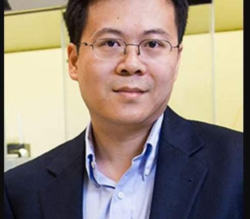 Prof. Huang image