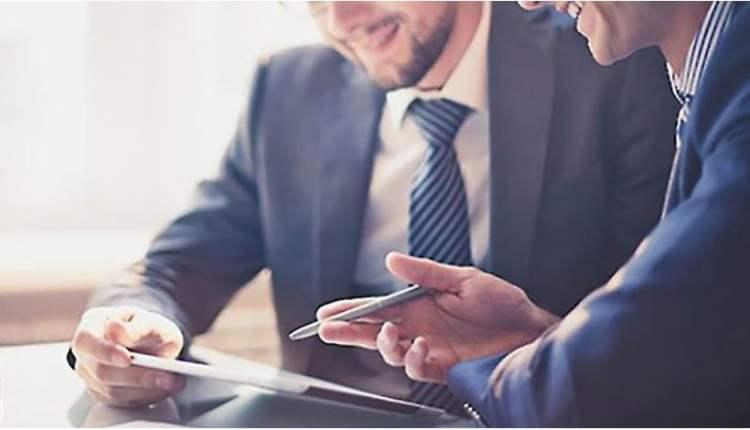 Salesforce consultant image – 1