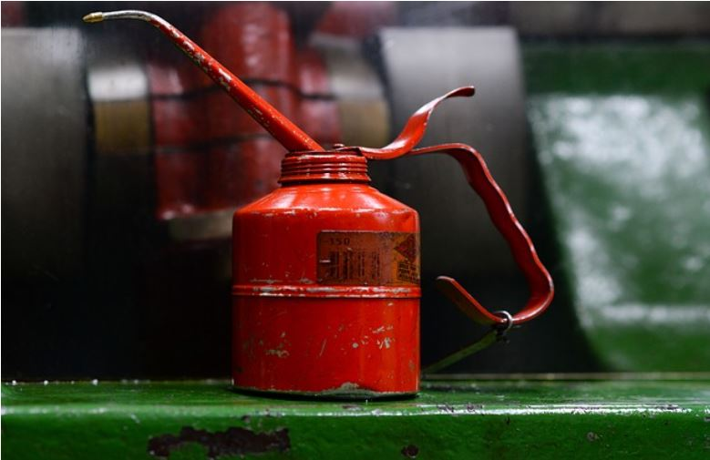 Oil can - article about buying a vacuum pump image 43433333