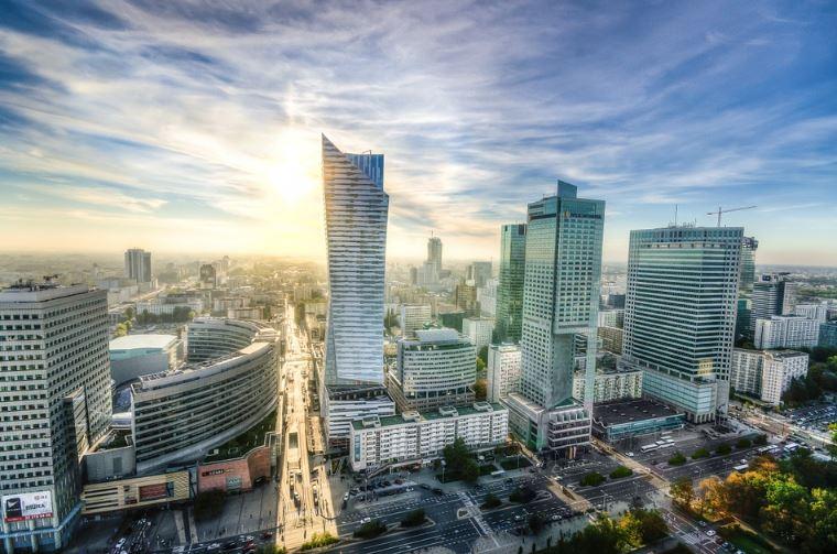 Polish market - Warsaw skyline