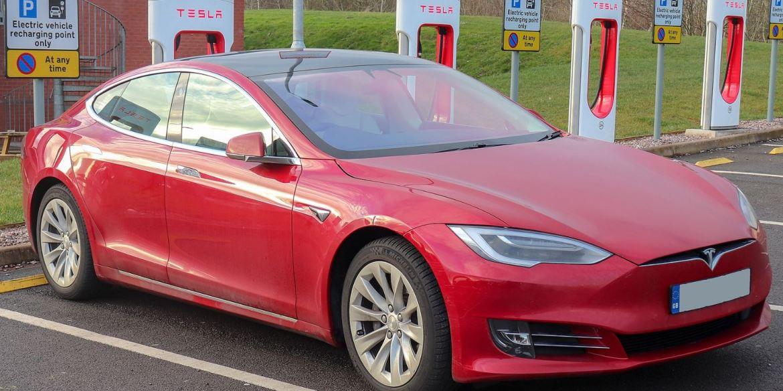 Tesla Model S image 4994994