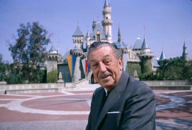 ประสบควาามสำเร็จยิ่งใหญ่ Disney