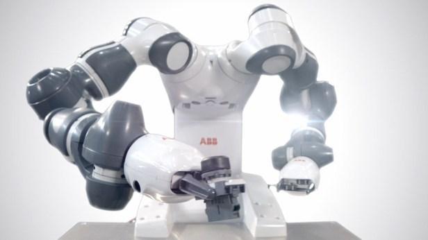 หุ่นยนต์สร้างหุ่นยนต์ YuMi