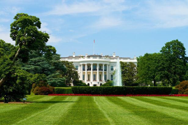white-house Biden EV