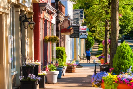 How to Fictionalize Your Home Town for Your Story Setting