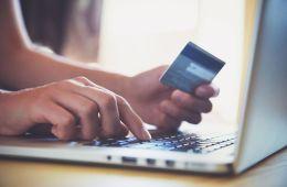 Tres aspectos que influyen en los colombianos a la hora de realizar compras online