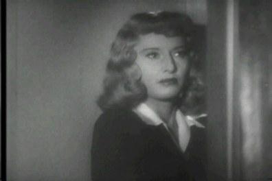 Barbara Stanwyck (1907-1990). Cuatro nominaciones (le otorgaron uno honorífico). Una actriz de libro, de esas en las que hay que fijarse para ser alguien en este espectáculo. Además de ser una mujer extraordinaria, poseía una personalidad capaz de sobresalir por encima de actores cómo Gary Cooper o Burt Lancaster. Su sensualidad no reñía con una imagen de mujer luchadora y dominante, cultivada durante años de actuación.