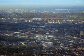 Stockport Council opens consultation with businesses on achieving carbon neutrality