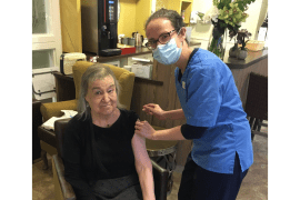 Covid-19 vaccinations rolled out at Cheadle care home Abney Court