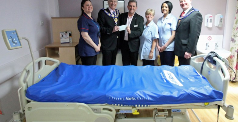 Stockport Hospice St Ann's receives funding from the Freemasons