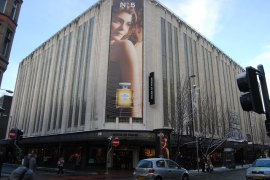 Sports Direct pays £90m for House of Fraser