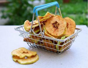 Market Junction and the Cozy Cup Cafe Artisan Market Cremona Alberta Healthy Snacks Dried Fruit Dried Apple Chips Cremona Alberta Healthy Food Explore Alberta