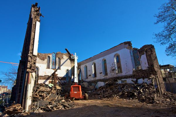 Demolition of the 19th Street Methodist Episcopal Church at 19th and Poplar.