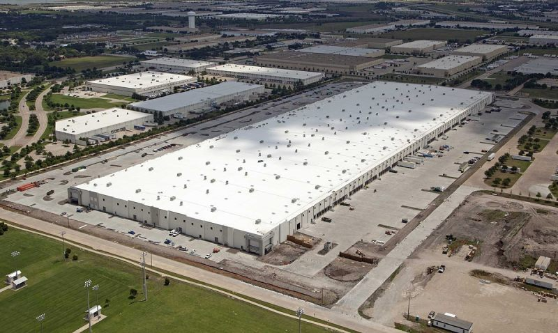 A gigantic Amazon Fulfillment Center near Baltimore.