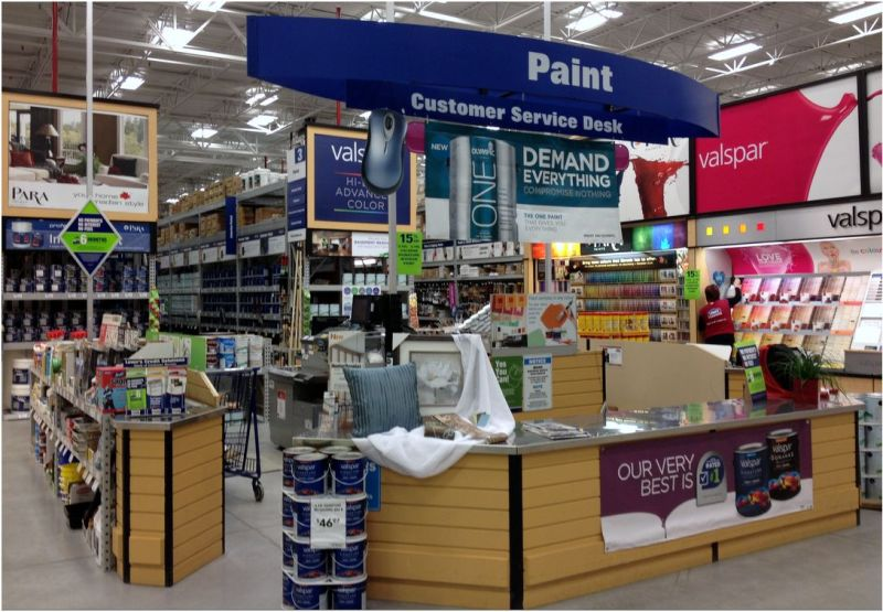Picture-Lowes-Ramping-Up-with-New-Branding-Interior