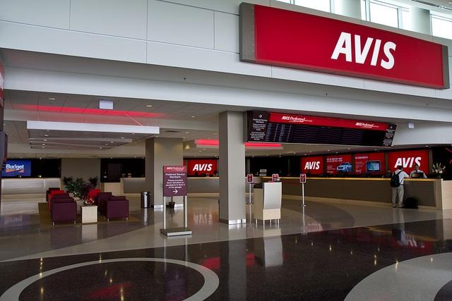 l-avis-car-rental
