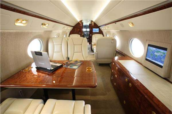 It's good to be rich. Inside Rush's private jet.