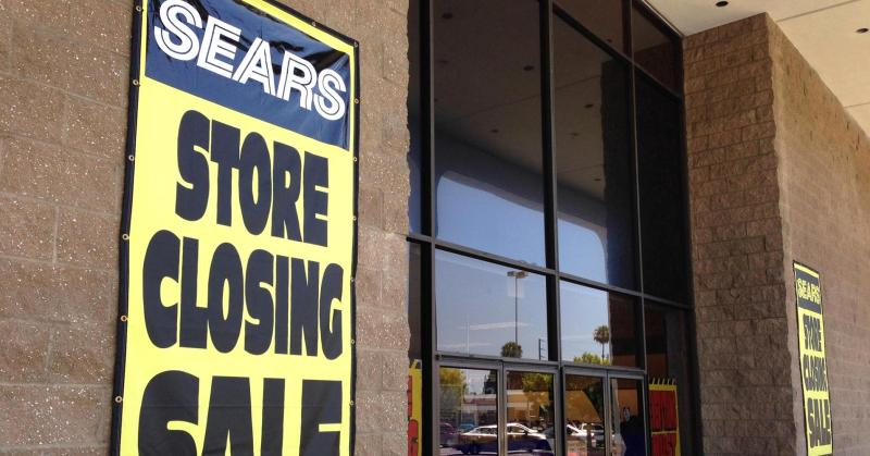 101937933-sears_closing_sign-1910x1000