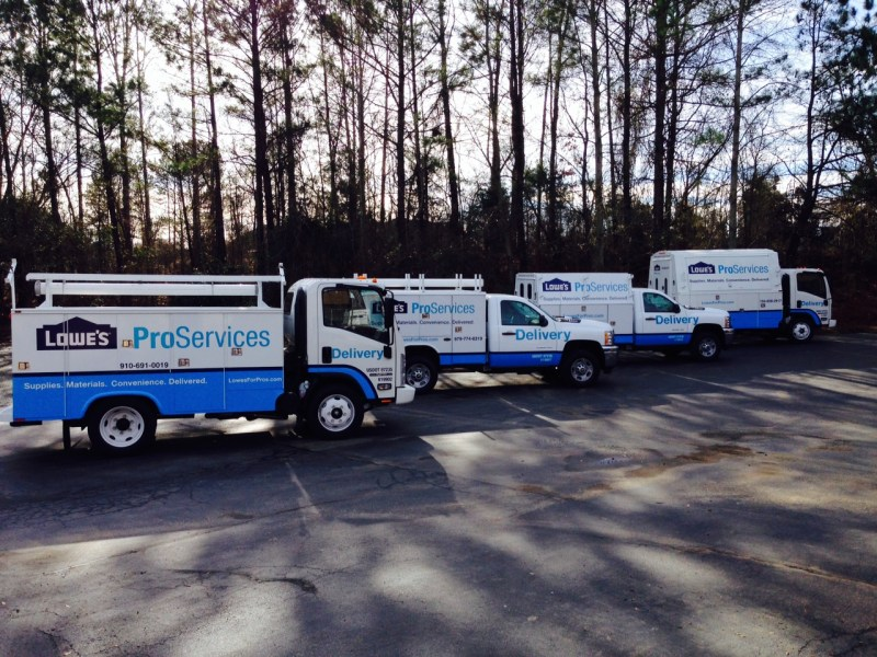 lowes-proservices-trucks