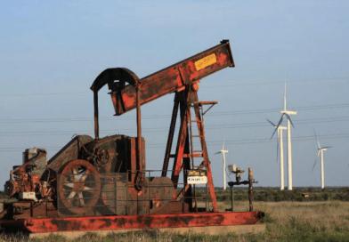 13 Threats to Oil Companies