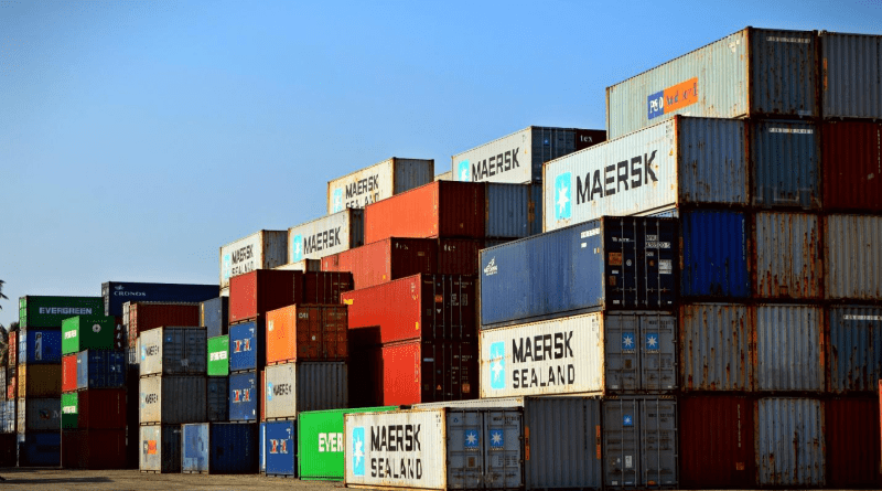 FEATURES TO LOOK AT BEFORE BEGINNING A FREIGHT BUSINESS