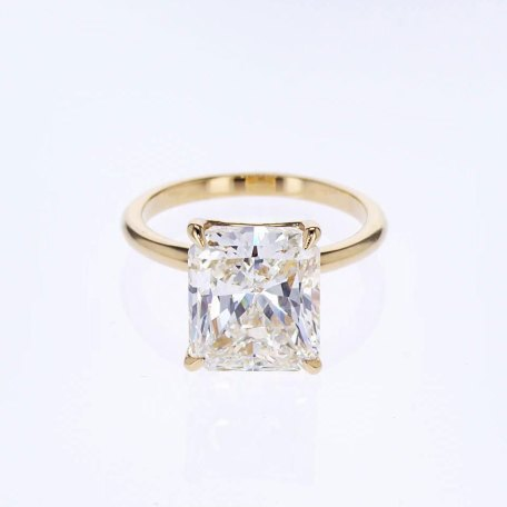 5 carat radiant cut diamond solitaire engagement ring